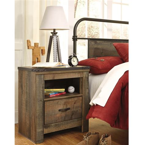 bernie and phyls bedroom sets trinell youth bedroom nightstand bernie phyl s