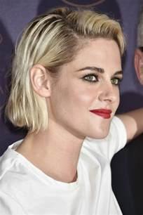 coupe cheveux courts visage rond le blond platine trucs et astuces pour savoir si c 39 est votre couleur