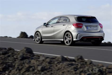 2012 Mercedes Benz A-class Officially Revealed