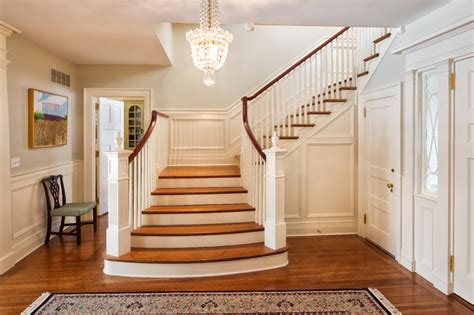 Home Stair : Neoclassical Home-traditional-staircase-new York