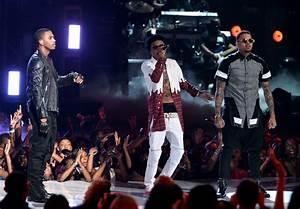 2014 BET Awards Performances: Chris Brown, August Alsina ...