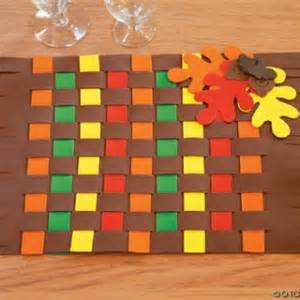 9 thanksgiving crafts to keep your busy while dinner is cooking craftbits