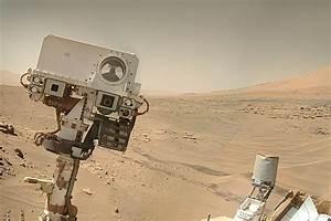 NASA's Curiosity Rover Snaps Wide-Angle Selfie on Mars ...