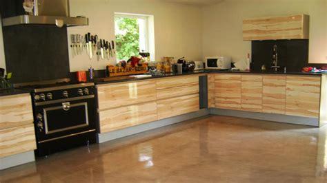 recouvrir un carrelage de cuisine recouvrir carrelage cuisine plan de travail pose faience