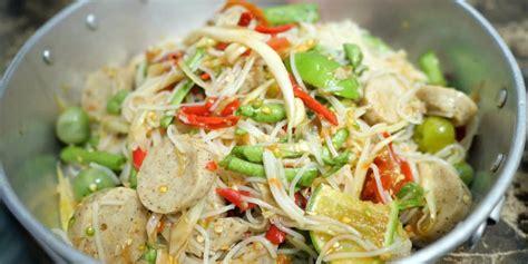 ตำซั่วข้าวปุ้นปลาร้าใส่หมูยอ หรือตำซั่วใส่ขนมจีน สูตรวิธี ...