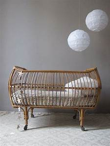 Lit En Osier : berceau rotin lit osier vintage petit lit b b vintage ~ Teatrodelosmanantiales.com Idées de Décoration