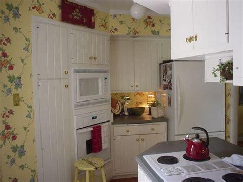 cottage kitchen wallpaper wallpaper kitchen cottage studio design gallery 2662
