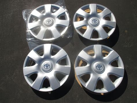 Toyota Hubcaps by 7 Best Popular Selling Toyota Hubcaps Images On