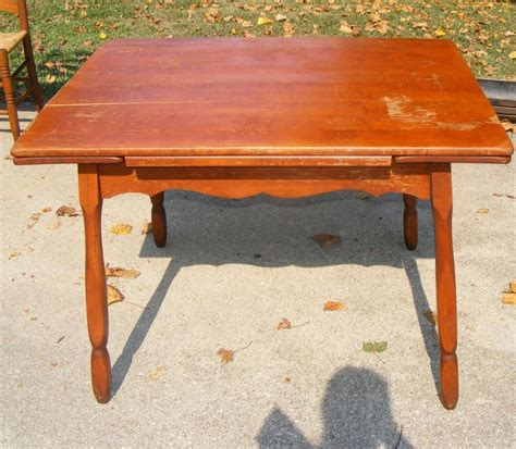 antique maple dining table antique maple hidden drop leaf dining room kitchentable