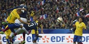 Place France Bresil 2015 : france vs br sil 1 3 match 26 03 2015 planete buzz ~ Medecine-chirurgie-esthetiques.com Avis de Voitures