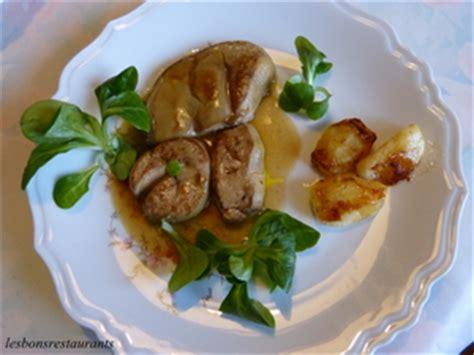 cuisiner foie gras frais foie gras frais poêlé aux pommes recette iterroir