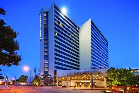 doubletree by tulsa downtown in tulsa hotel rates