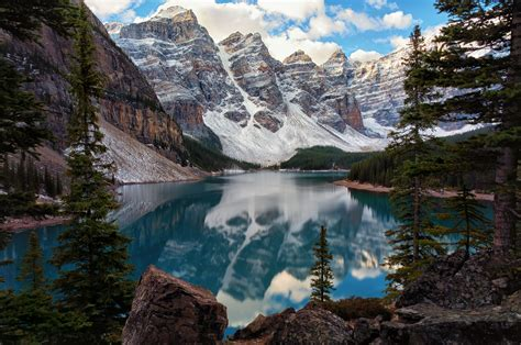 Most Photographed Moraine Lake Canada World For Travel