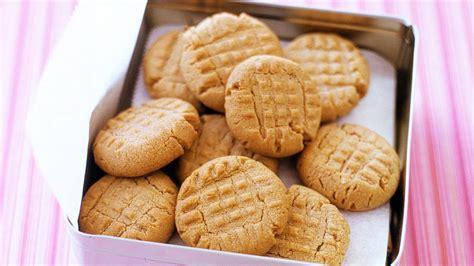 easy peanut butter cookies recipe video martha stewart