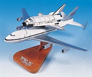 Aviation Models: Boeing 747 & Space Shuttle Orbiter