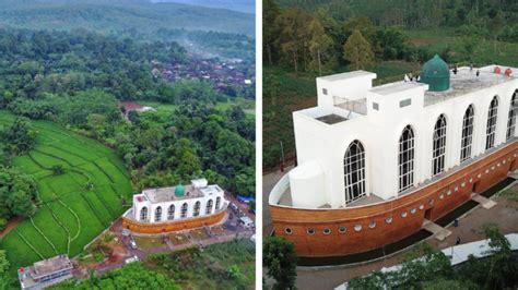 masjid kapal nabi nuh tempat ibadah sekaligus wisata
