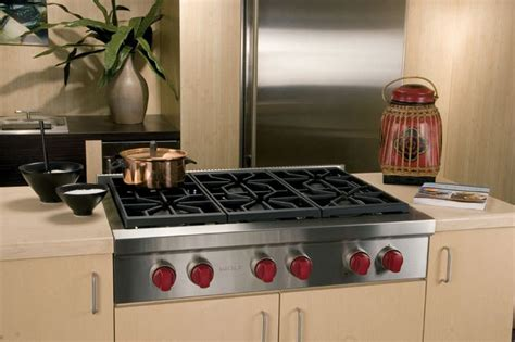 wolf srtlp   pro style gas rangetop   dual stacked sealed burners simmermelt