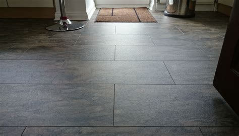 laminate flooring that looks like tile or best
