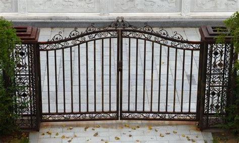 black iron fence color  minimalist home  ideas
