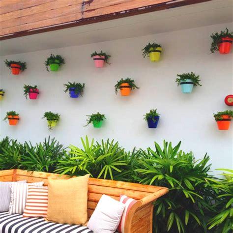 Frische Wanddekoration Mit Pflanzenwandregal Fuer Blumen by Balkon Ideen Interessante Einrichtungsideen Kleiner