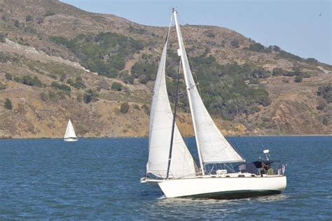 Sailing Boat Types by 10 Types Of Sailboats And Rigs Boating