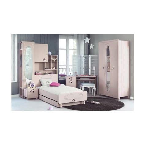 lit superpos avec bureau int gr conforama armoire lit pas cher lit relevable pas cher armoire lit escamotable 1 place 90x200 chene