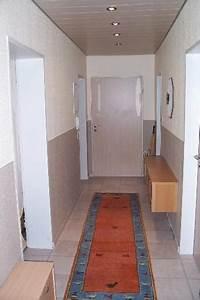Treppen Streichen Ideen : flur streichen farbe ~ Markanthonyermac.com Haus und Dekorationen