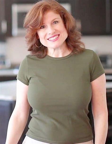 jana cristofano curvy redhead in 2019 gorgeous redhead redheads most beautiful women