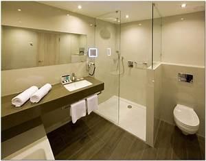 Badezimmer Fliesen Design : badezimmer fliesen design ideen hauptdesign ~ Indierocktalk.com Haus und Dekorationen