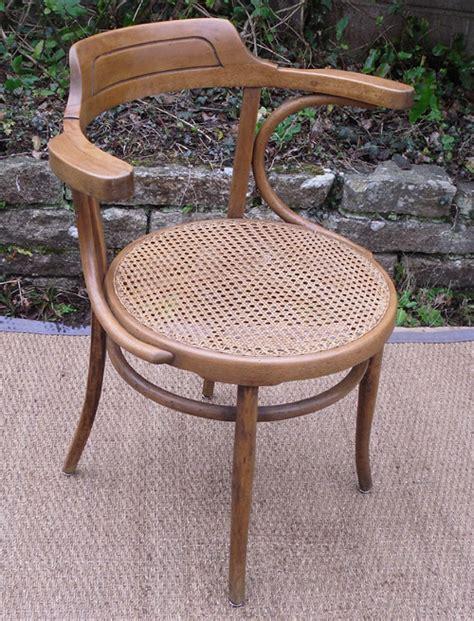 beau fauteuil de bureau ancien en bois clair et assise cann 233 e