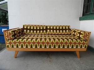 70er Jahre Möbel : sofa 70er jahre bestseller shop f r m bel und einrichtungen ~ Markanthonyermac.com Haus und Dekorationen