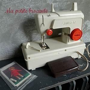Petite Machine À Coudre : machine coudre pour enfant jouet marque singer des ~ Melissatoandfro.com Idées de Décoration