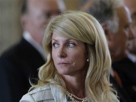 Wendy Davis' Possible Governor Run Spells Dem Trouble