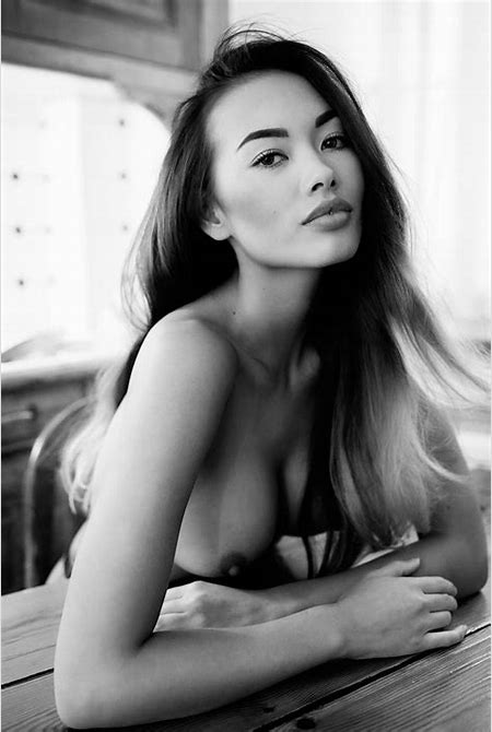 Thai-Swedish model Jennifer Berg Pinyojit nude photos leaked