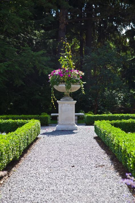 Formal English Garden Planter Upstate New York Gardens