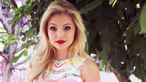 Olivia Holt Wallpapers, Pictures, Images