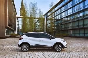 Renault Captur Initiale Paris 2017 : renault captur 2017 initiale paris les prix les infos ~ Medecine-chirurgie-esthetiques.com Avis de Voitures
