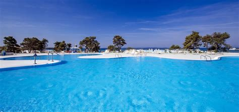 Zaton Holiday Resort  Official Webpage