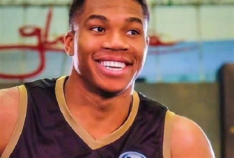 giannis antetokounmpo height age girlfriend biography