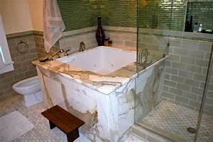 Japanisches Schlafzimmer Selber Machen : japanische badewanne 25 originelle designs ~ Markanthonyermac.com Haus und Dekorationen