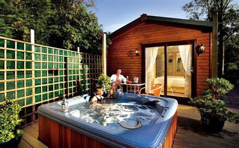 » Lodges With Hot Tubs