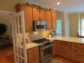 kitchen cabinet makeover ideas kitchen color ideas with light oak cabinet collections info home and furniture decoration