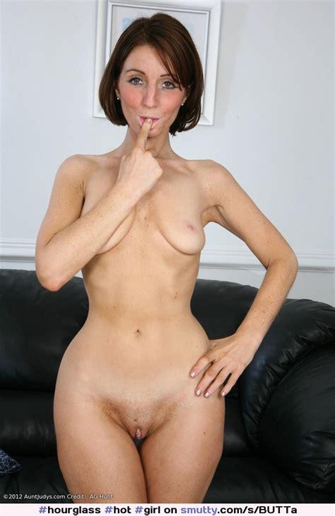 Hot Girl Babe Sexymatureredheadnudenaked Pussyshavedboobstitsnipplessmall