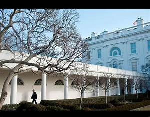 The Colonnade of the White House to the Oval Office ...