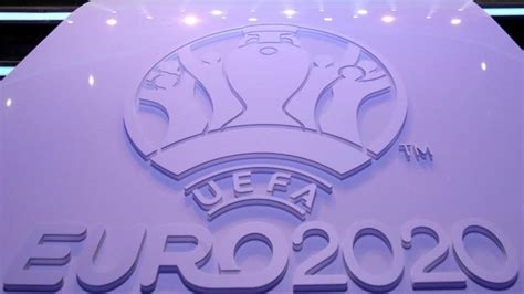 Aktuell wäre die em nicht möglich. Spielplan EM 2021: Gruppen, EM-Spiele, Termine plus PDF ...
