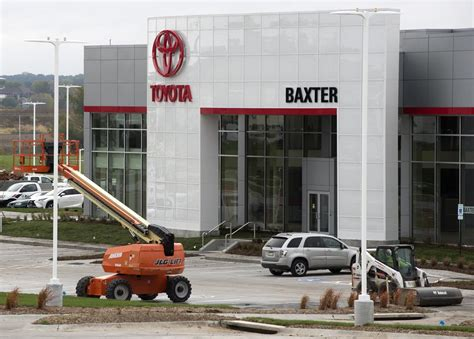 Baxter Toyota Using Novel Approach To Move Cars To New