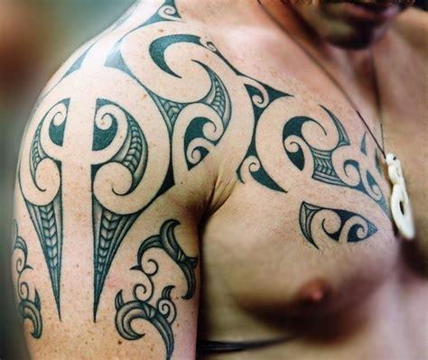 die besten tattoos für männer die besten 25 m 228 nner brust ideen auf