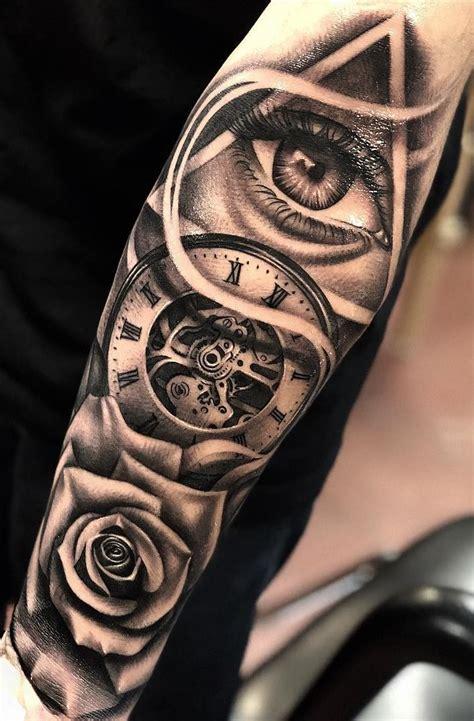 Pin de deiz Ross en Tatuajes Tatuajes populares Mangas