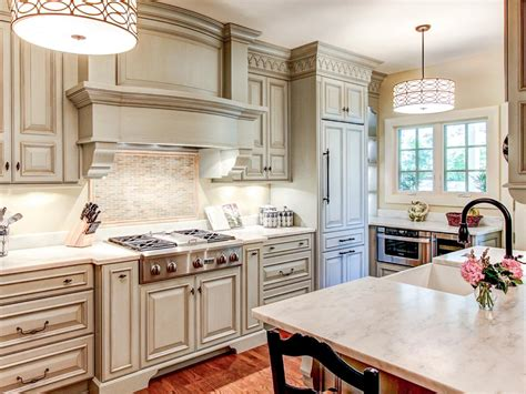 ideas for painting kitchen cabinets best way to paint kitchen cabinets hgtv pictures ideas