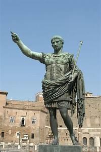 Augustus (Full statue, modern) - Via dei Fori Imperiali ...
